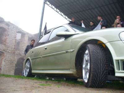 Opt Vectra Vs Golf Ujazd (16)